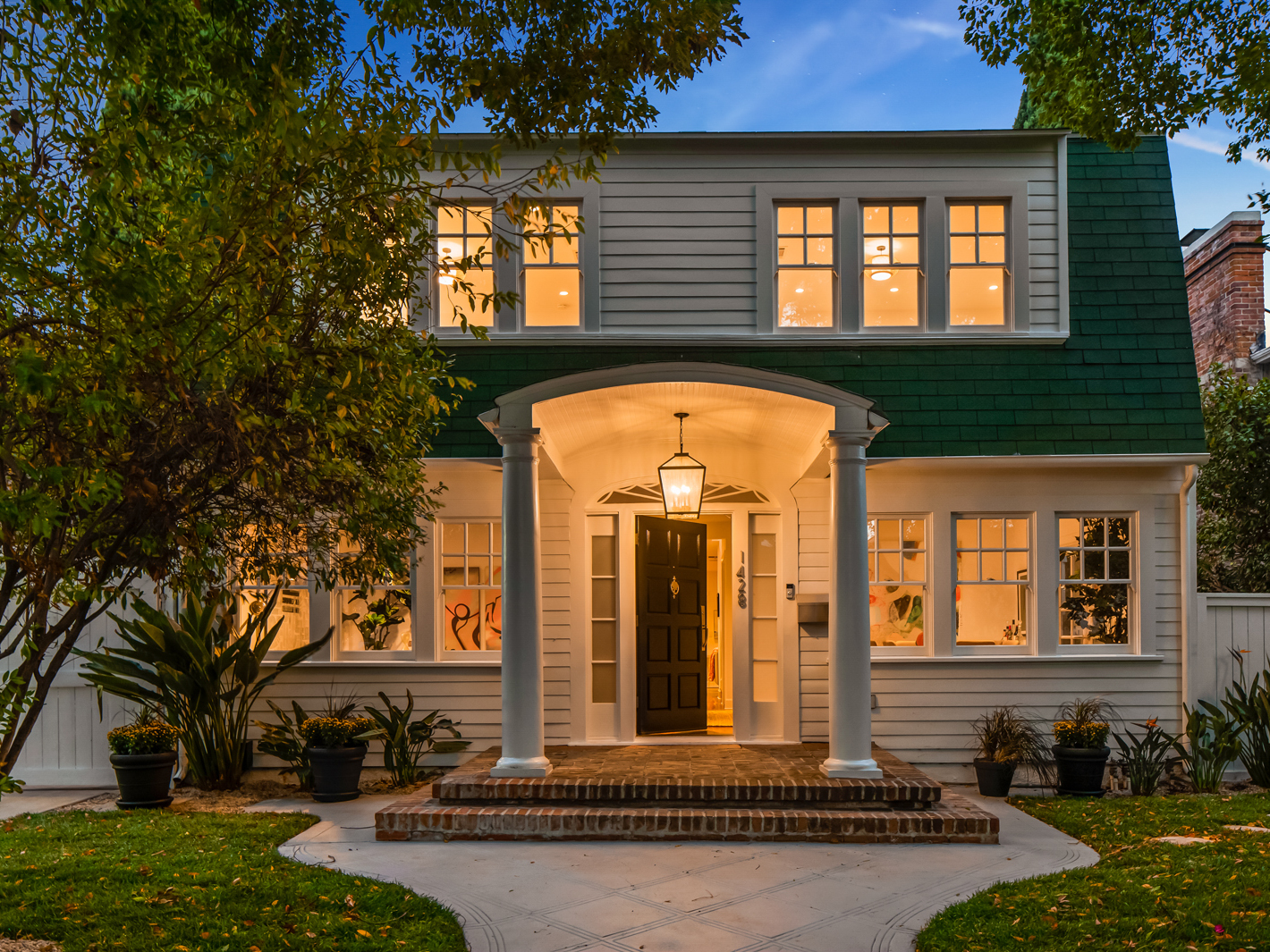 The house from the movie 'A Nightmare on Elm Street' is up for sale