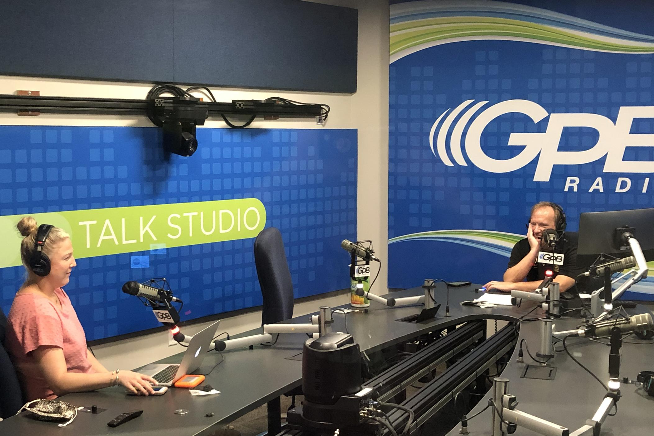 Hosts Hannah Goodin and Jon Nelson during a taping of the Football Fridays in Georgia podcast on September 28, 2020.