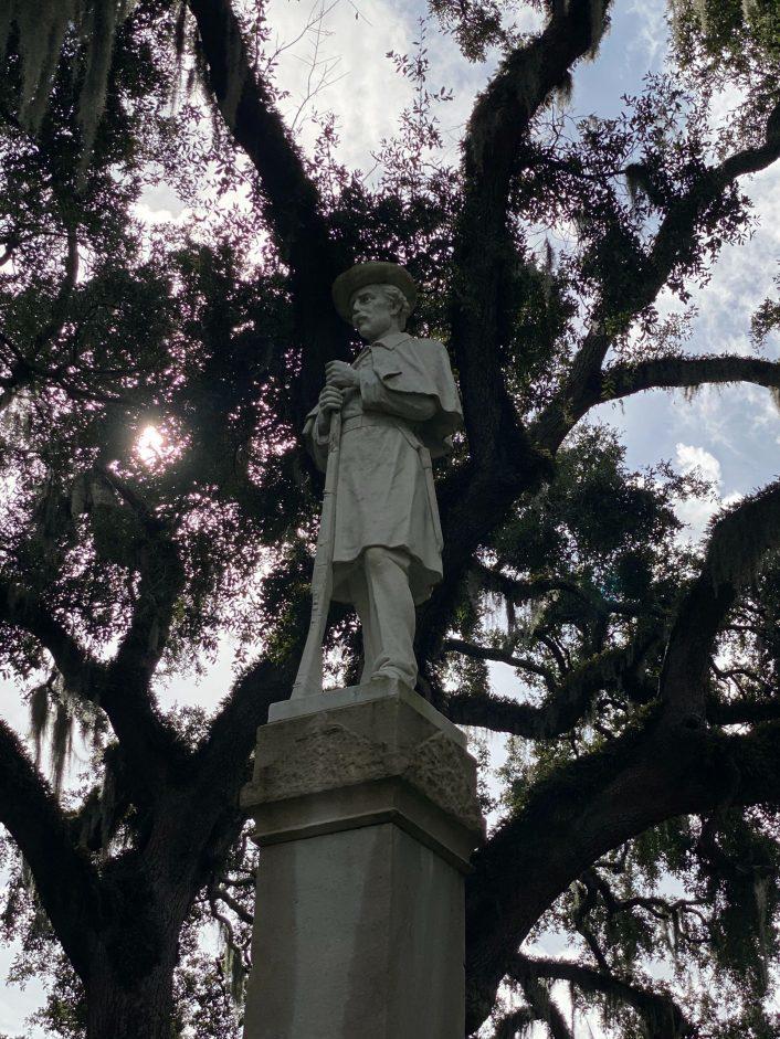 Confederate monument in Brunswick's Hanover Square