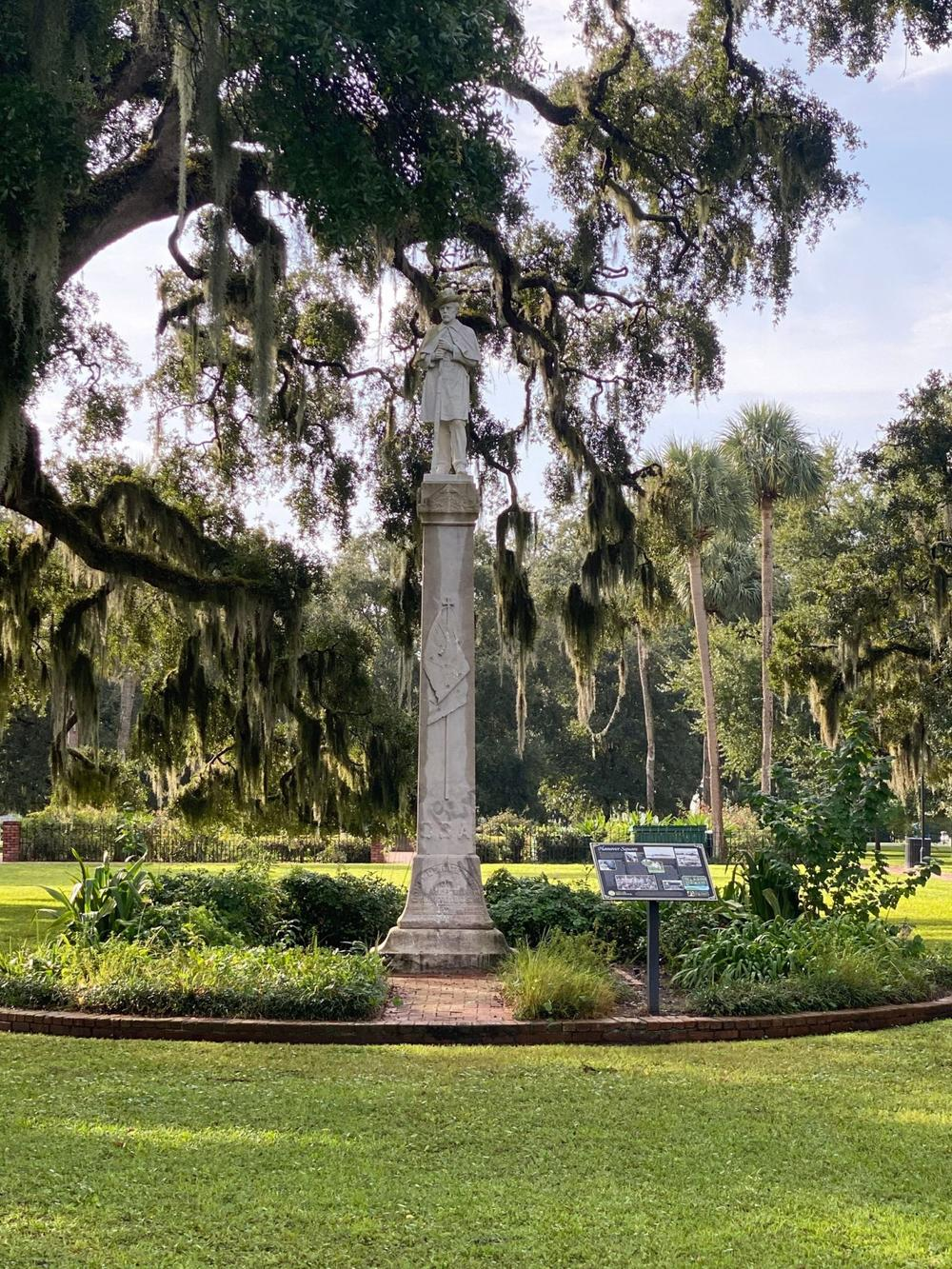 Confederate statue in Brunswick