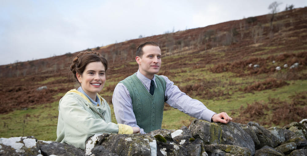 Helen Alderson (played by Rachel Shenton) and James Herriot (played by Nicholas Ralph) in All Creatures Great and Small