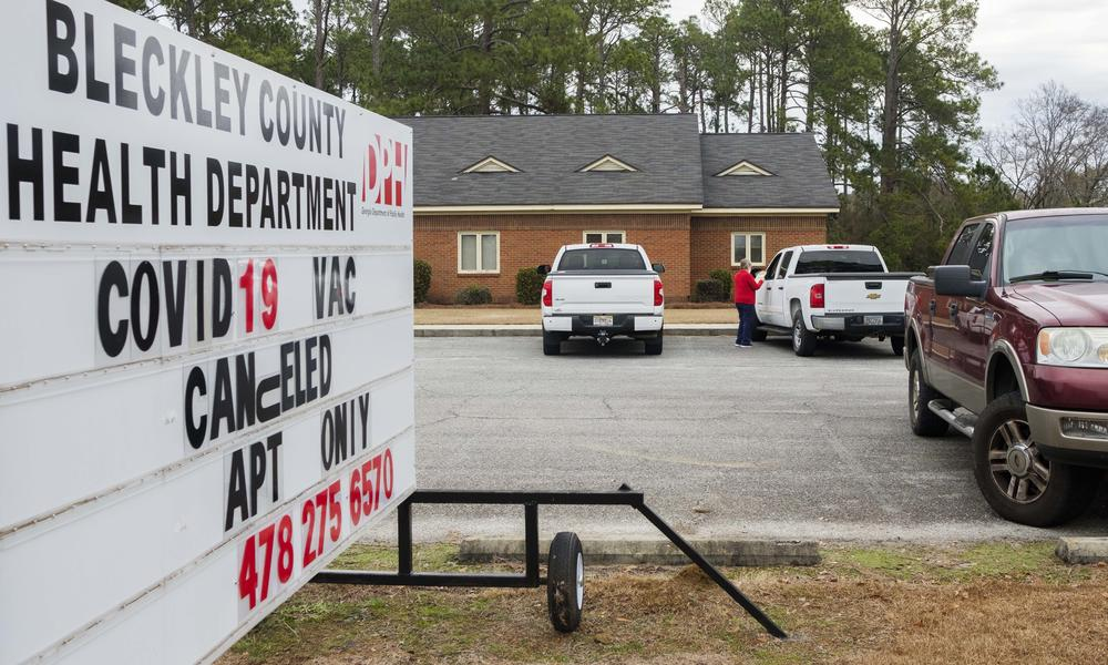 A sign at the Bleckley County Health Department on the first day of Phase 1a Plus vaccine access.