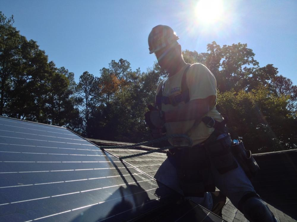 A proposed new law would generate more solar power from Georgia rooftops