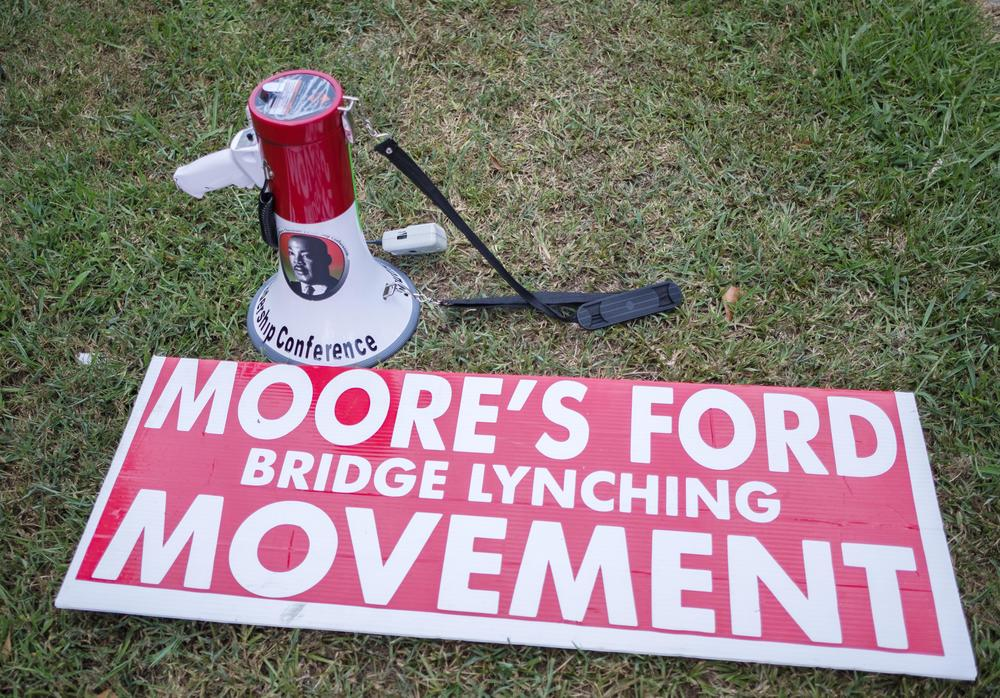 For 15 years, local actors have reenacted the lynching of four people at the Moore's Ford Bridge outside the city of Monroe in Walton County.
