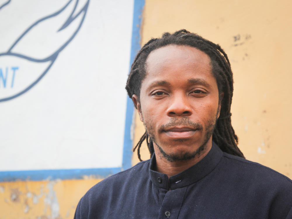 Sierra Leone's minister of education and chief innovation officer David Moinina Sengeh is a man of many talents. He's using mobile phone technology to improve daily life, he invented a way to make a prosthetic limb with a computer-assisted technique and he's a singer and rapper and a clothing designer, too.
