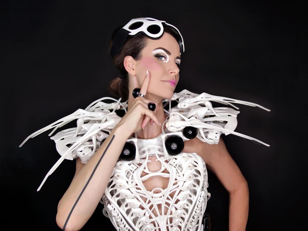Anouk Wipprecht modeling her