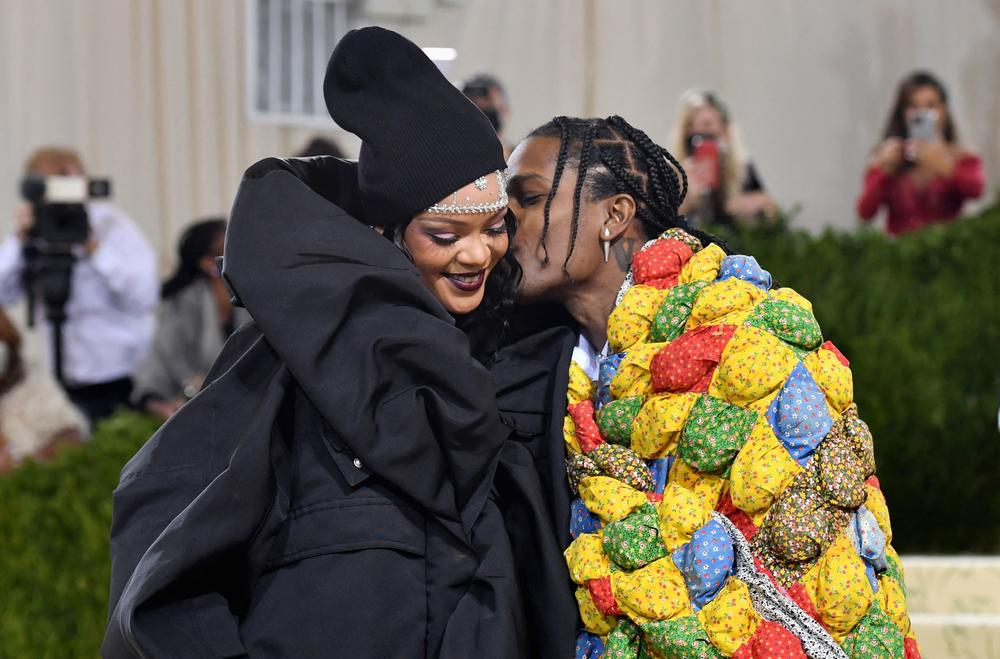 Singer Rihanna and rapper A$AP Rocky arrive fashionably late for the Met Gala.