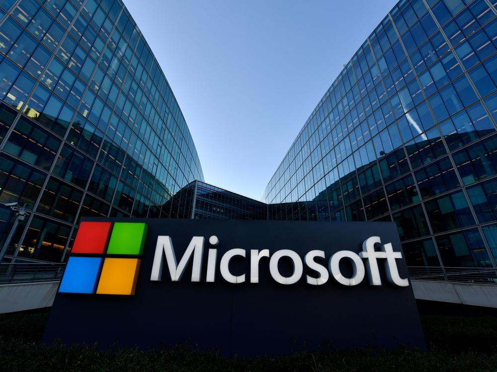 Microsoft says ditching passwords will make logging into your account both easier and safer.