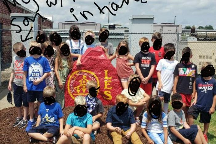 Cherokee County mother Alexandra Smith posted this photo to a Georgia coronavirus forum on Reddit after she says her son was forced to take off his mask for a class photo.