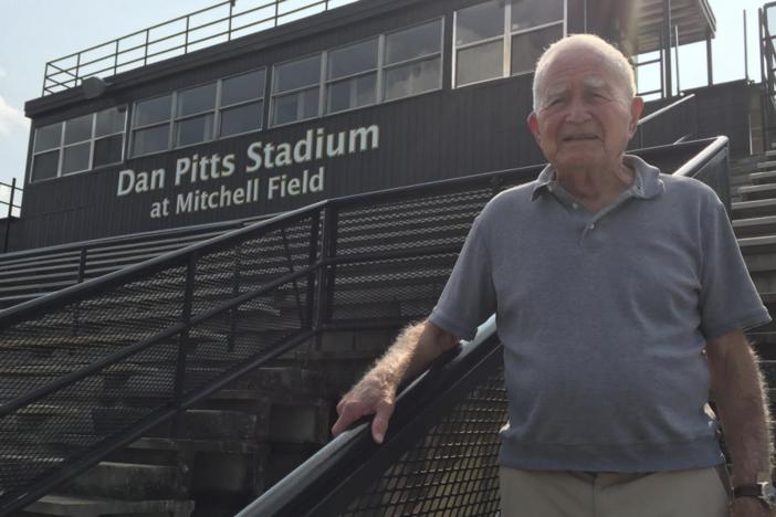 Legendary High School Football Coach Dies At 88
