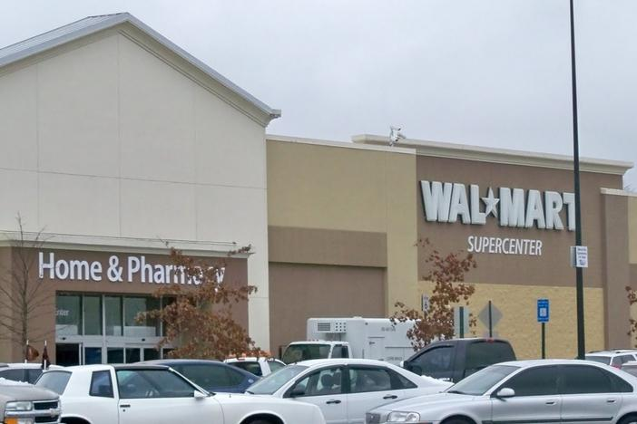 New Walmart in Stone Mountain, GA to Hire 300