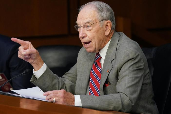 Grassley: Barrett has been 'very transparent' in answering questions
