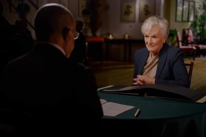 Glenn Close discovers that the Quakers disowned her ancestor.