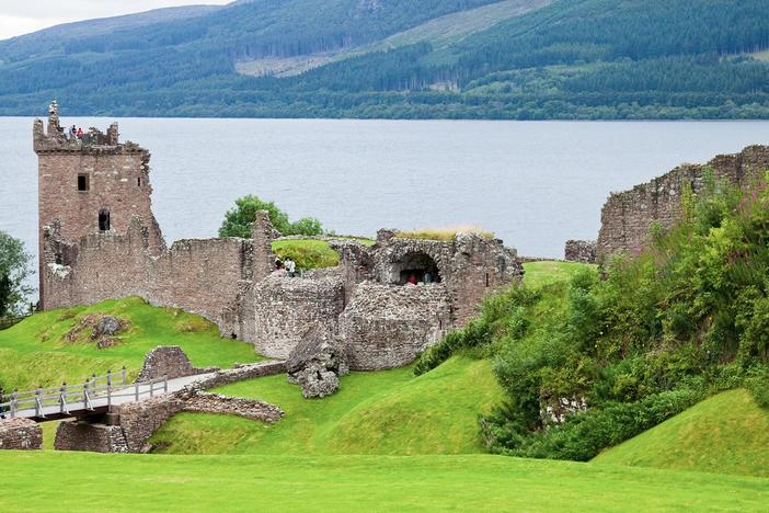 Let's visit Scotland's Glencoe, Inverness, the Culloden battlefield and Loch Ness.