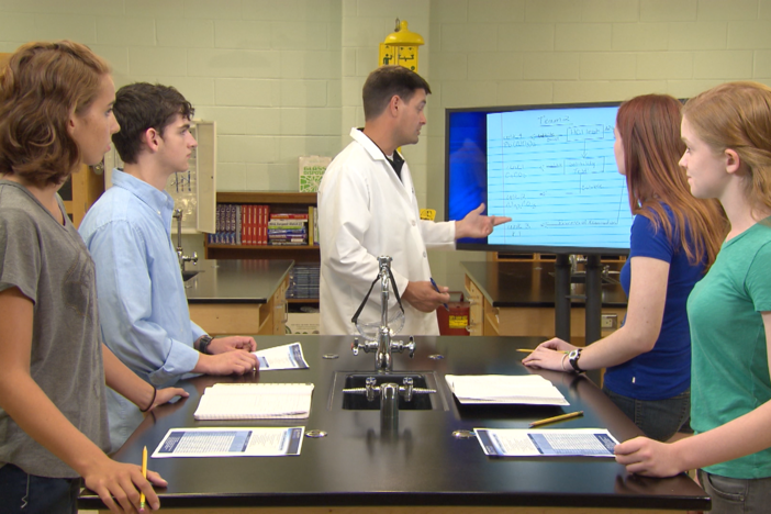 The students discuss their lab results in this segment.