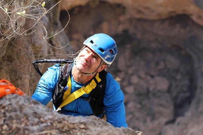 Steve's journey in Oman begins with British climbers Hazel Findlay and John Arran.