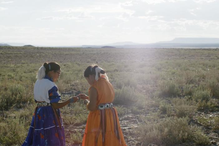 A Navajo family balances modern life with tradition. Credit: National Park Experience.