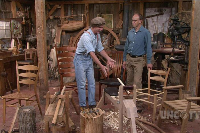 An Asheville artisan shows the secrets of the steam-bent green-wood chair