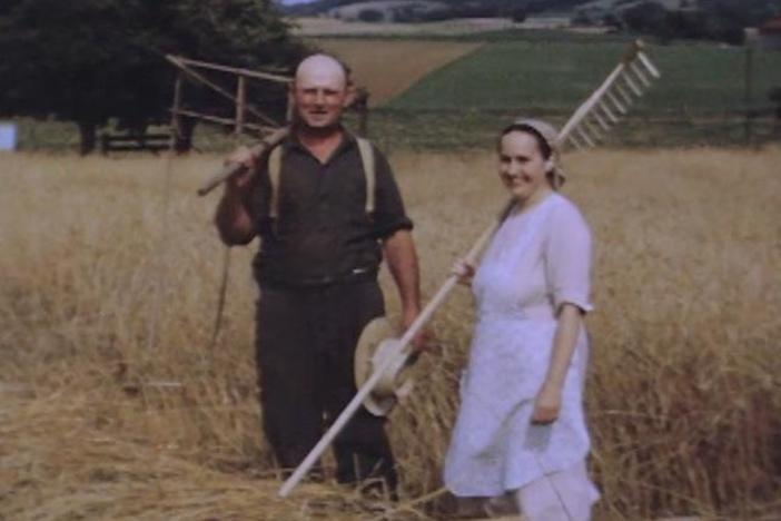 This 1940s video shows a Pennsylvania Dutch family working without modern machinery.