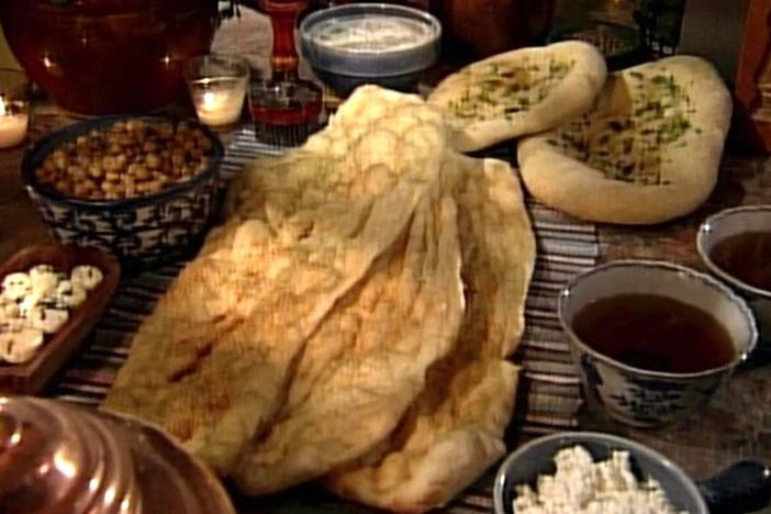 Chefs visit to make naan and swedish hardtack, types of flat breads.