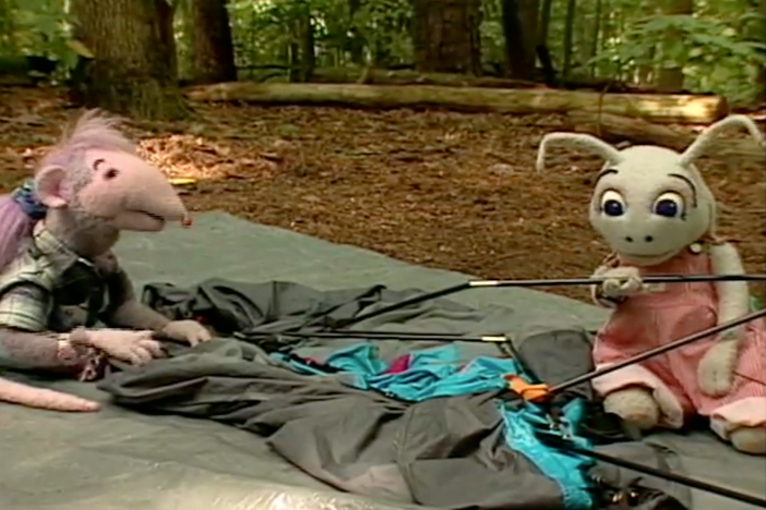 Blossom and Snappy help prepare Robbie for her camping trip.