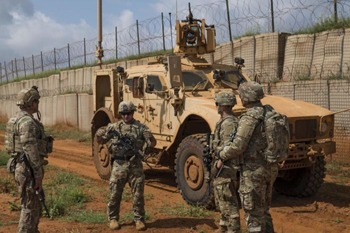 U.S. begins withdrawing troops from Somalia, but regional challenges remain