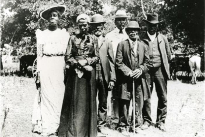Men and women gather at a Texas Juneteenth Day Celebration in 1900.