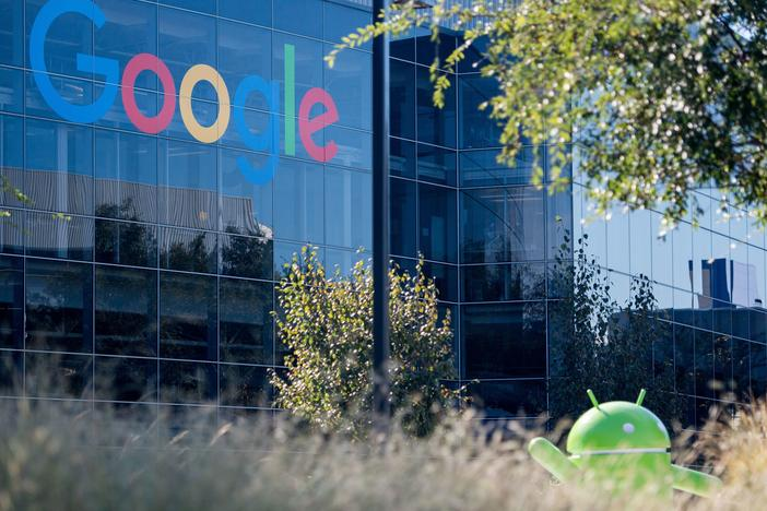 Software company Oracle accuses Google of illegally copying its code when the tech giant developed its popular Android smartphone system.
