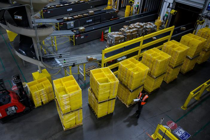 www.gpb.org: Amazon Warehouse Workers To Decide Whether To Form Company's 1st U.S. Union