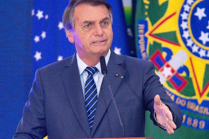 Brazilian President Allocates More Than $1 Billion To Produce COVID-19 Vaccines